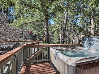 You'll love relaxing in the private hot tub gazing at the stars.