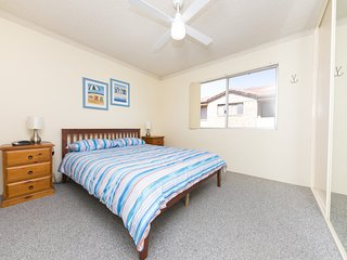 Camelot Unit 6 - Forster, NSW