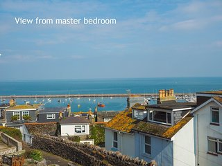 Bay Vista Brixham - 3 Bedroom house with sea views, rear patio with sea views, o