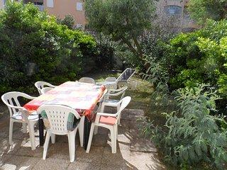 Comfortable apartment w/ terrace