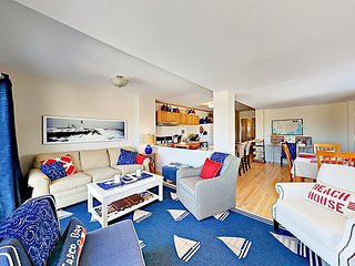 Coastal Chic 2BR w/ Deck & Partial Ocean Views - Walk to Willard Beach