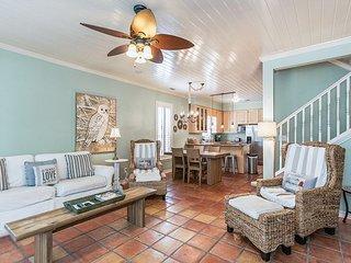 Old Florida Beach Main House & Carriage House - Steps to Beach, Pool & BBQ