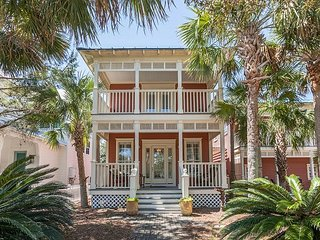 Old Florida Beach Main House & Carriage House - Steps to Beach, Pool & BBQ