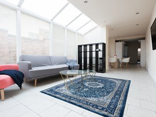 The Reservoir Retreat - Lovely 6BDR Family Home in Edgbaston