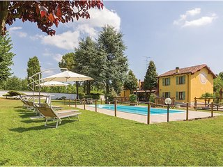 3 bedroom Villa in Moscatello, Lombardy, Italy : ref 5606206
