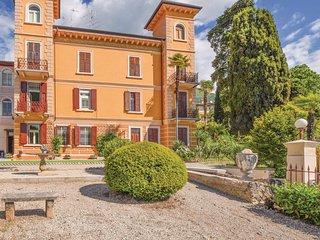 2 bedroom Villa in Gardone Riviera, Lombardy, Italy : ref 5606213