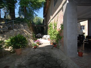 5 bedroom Apartment in Caioncola, Umbria, Italy : ref 5582376