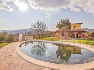 3 bedroom Villa in Potassa, Tuscany, Italy : ref 5606262