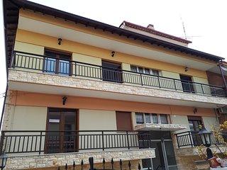 Lujo Apartment