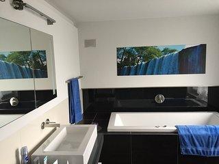 En-suite Bathroom and Shower