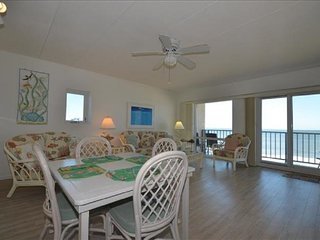 Direct Oceanfront~ Private Balcony~Awesome View of Beach, Boardwalk and Ocean