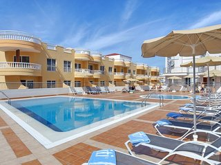 Club La Mar (OFFICIAL) 3 bedroom luxury apartment