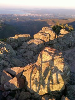 Mt Vinaigre is a great escape for a family hike or cyclists!