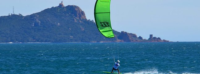Kite and Windsurfers can really find their hearts here, too!