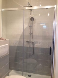 Full new refurbished bathroom with walk in shower