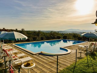 2 bedroom Apartment in Popoltaio-Schiacciato, Umbria, Italy : ref 5606364