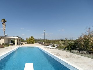 5 bedroom Villa in Parati, Apulia, Italy : ref 5606379