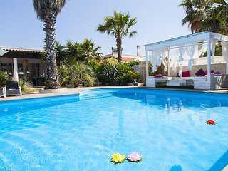 5 bedroom Villa with Pool, Air Con and WiFi - 5801707