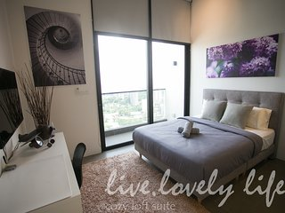 KL Sentral - The Establishment Cozy Sky Loft Studio #3 吉隆坡中央火车站 EST酒店公寓#3温馨小居