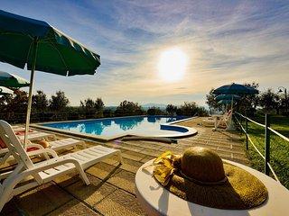 2 bedroom Apartment in Popoltaio-Schiacciato, Umbria, Italy : ref 5606360