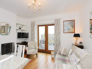 Charming apartment, 1 bed, easy walk to Cathedral and restaurants, lovely views