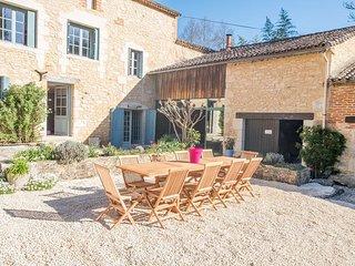 Gite de charme a 10' de la Dordogne