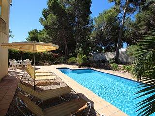 El Pinar - sea view villa with private pool in Moraira