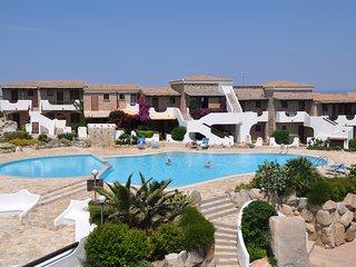 Mini appartamento in residence sul mare con piscina