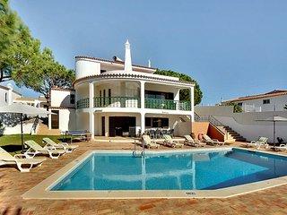 Villa Petroa