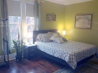 The Green Room has a queen bed and a double futon, perfect for 2 couples, or parents and kids.