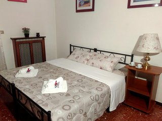 Trip2Rome Double or Twin Room with Balcony
