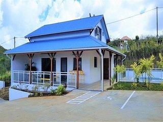 Villa tout confort avec piscine à 2 mn des plages de Sainte-Luce