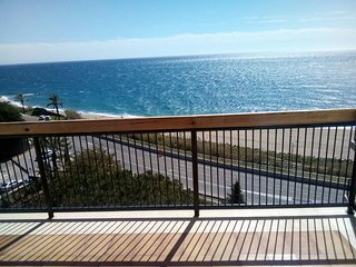 Apartamento Sant Pol de Mar primera línea de mar alto standing