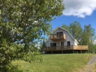 Cottage Weekly Rental on Caribou Harbour