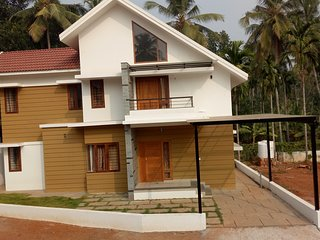 Purple Grass 2BHK Service Villa at Calicut for family.  Good pricing