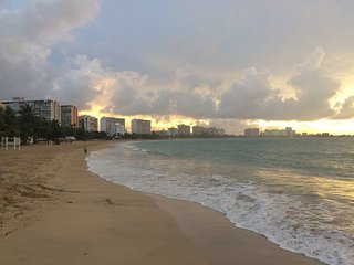 Beautiful 1 bedroom apartment in Isla Verde Beach