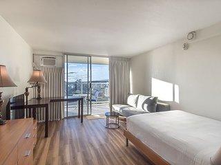 Island Colony 4304-High Floor Studio with Ocean Views!