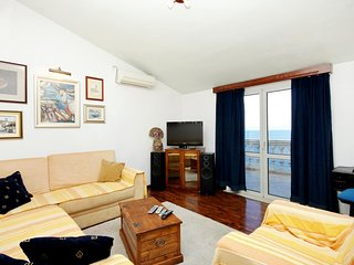 Two bedroom apartment Prigradica, Korčula (A-544-c)