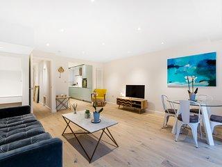 Modern Oasis Apartment (O)