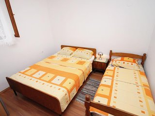 One bedroom apartment Vrsi - Mulo, Zadar (A-5798-b)