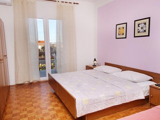 One bedroom apartment Sukosan, Zadar (A-5799-a)