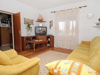 Three bedroom apartment Supetar, Brac (A-5662-a)