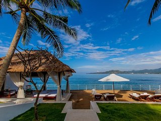 Absolute 03 bedrooms beachfront villa with incredible staff in Bali