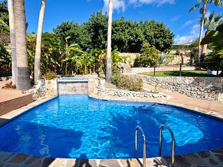 Lovely furnished very comfortable Villa with pool, terrace &amazing ocean view