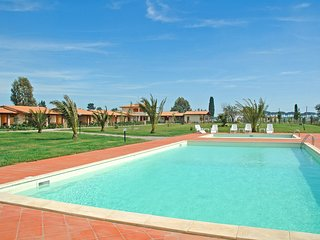2 bedroom Apartment in Podere Cernaia, Tuscany, Italy : ref 5518107