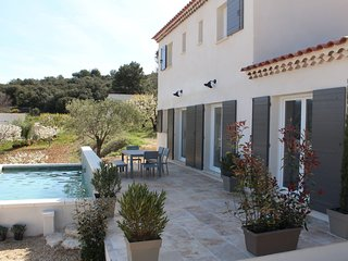 3 bedroom Villa in Sainte-Croix-à-Lauze, Provence-Alpes-Côte d'Azur, France : re