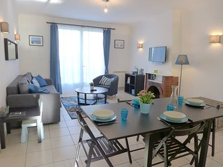 2 bedroom Apartment in Saint-Jean-de-Luz, Nouvelle-Aquitaine, France : ref 55417