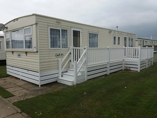 Betty - Holiday Static Caravan - 3 bedrooms - Sleeps 8