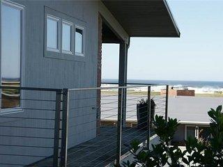 PTH - Pacific Terrace T419