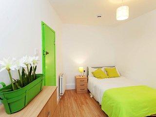 Camden BnB (Room 1)